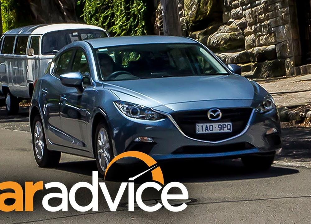 Mazda 3 Maxx Review - YouTube