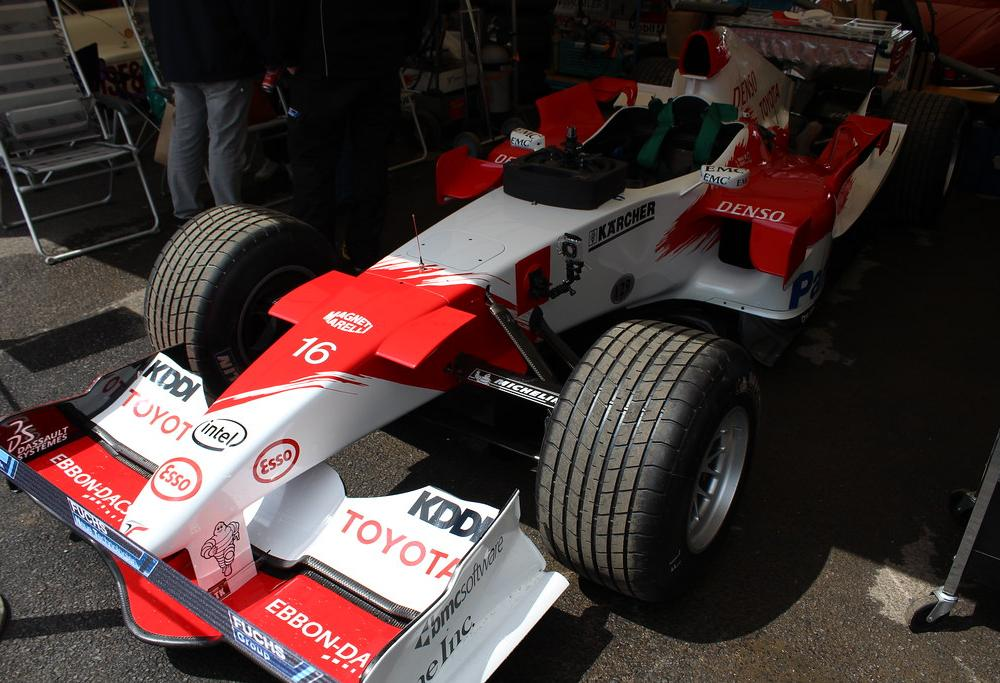 2005 Toyota TF105 | Driver: Harald Fuchs. 2016 Goodwood Fest… | Flickr