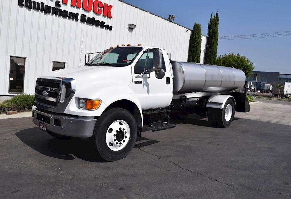 2007 Ford F-750 Single Axle Water Truck, Cummins ISB, 245HP ...