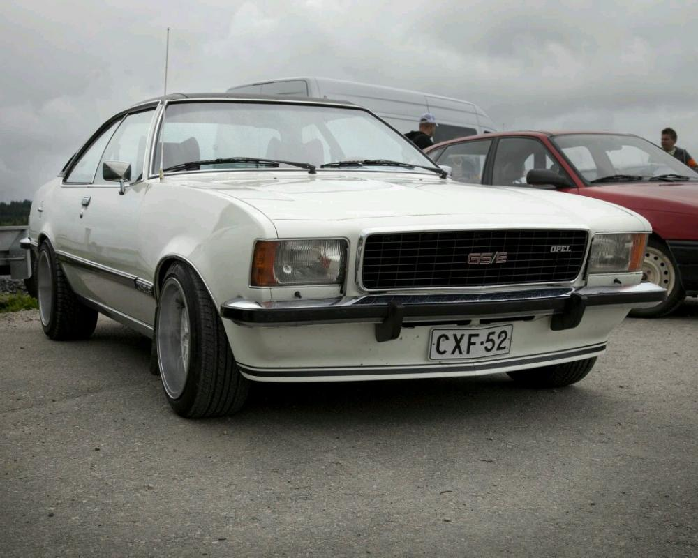 Opel Commodore GSE Coupe.