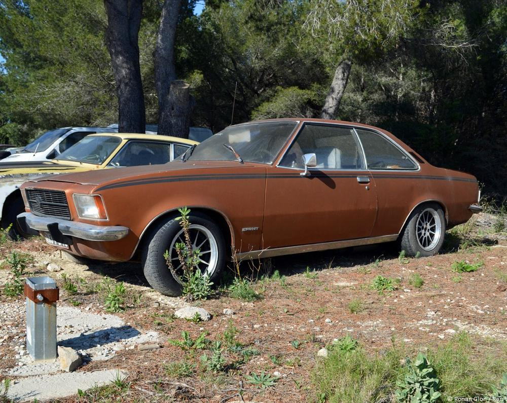 Opel Rekord D Coupe. car lot find opel rekord d coupe ran when ...