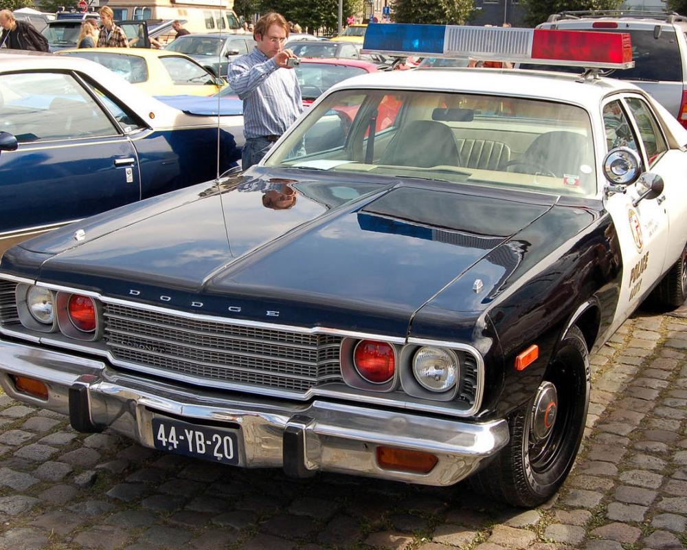 Dodge Coronet 4dr sedan – Belgium