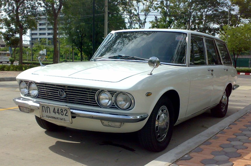 Images for > Mazda Luce