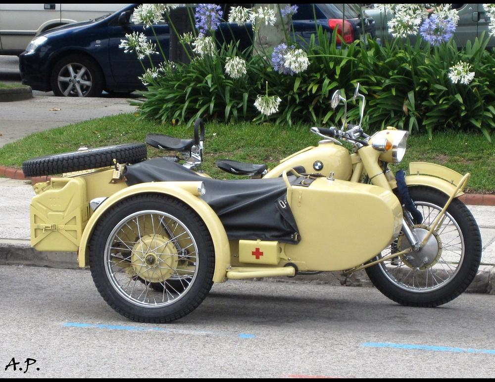 BMW Unknown | Yet another of these BMW sidecars, and I still… | Flickr