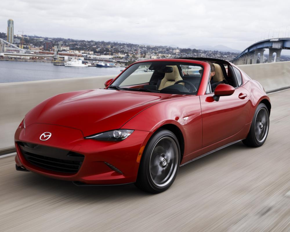 The 2017 Mazda MX-5 Miata RF—fancy new looks, same great driving ...