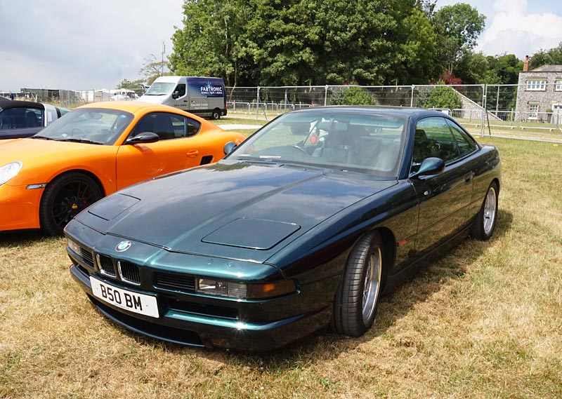 BMW 850 Csi review, specs, stats, comparison, rivals, data ...