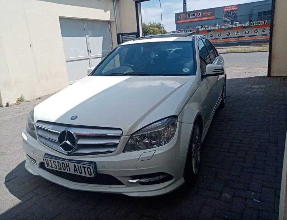 Mercedes-Benz C200 CGi BE Elegance Auto for sale in Johannesburg ...