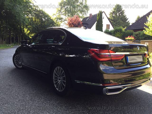 Rent the BMW 730d xDrive Equipment M Sportpaket car in Heilbronn