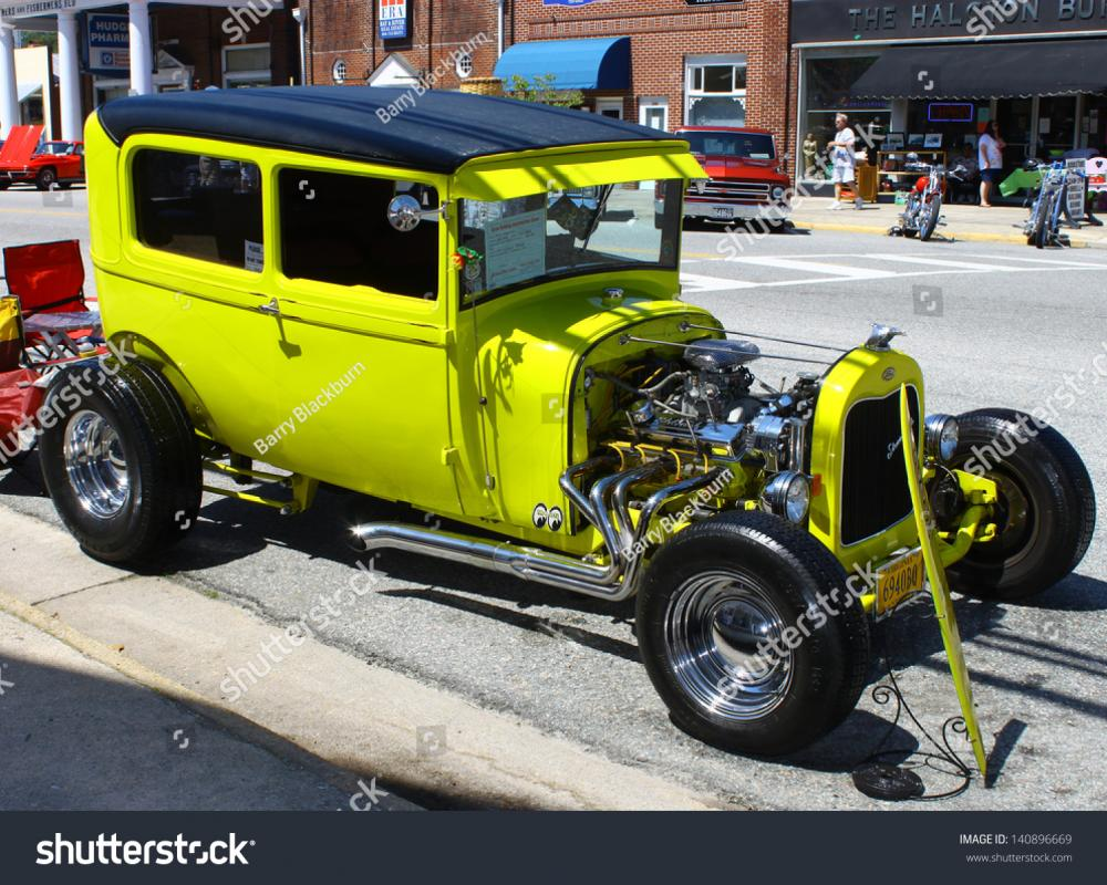 29 Ford Streetrod Images, Stock Photos & Vectors | Shutterstock