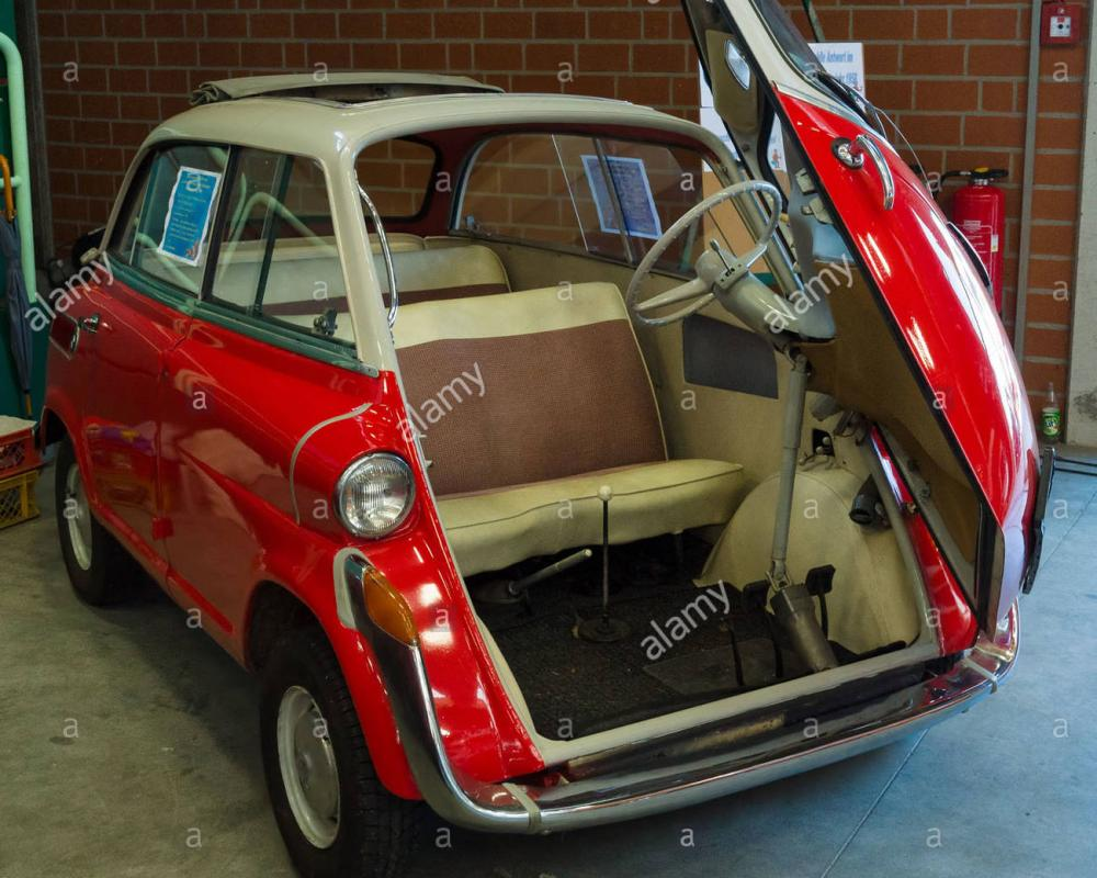 he four-seat microcar BMW Isetta 600 Stock Photo: 67698489 - Alamy