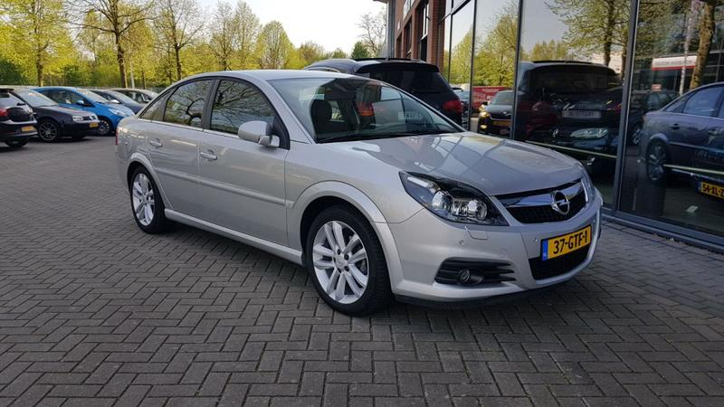 Opel Vectra GTS 1.8-16V Sport prijzen en specificaties