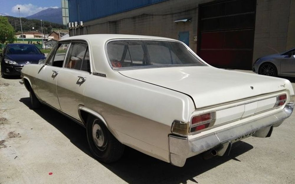 1965 Opel Admiral - Vintage car for sale