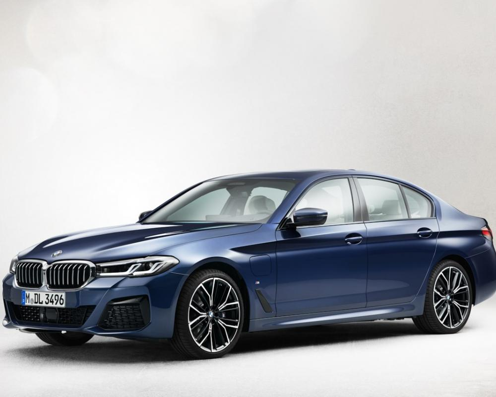 2021 BMW 5 Series LCI: A short comparison with the pre-LCI ...