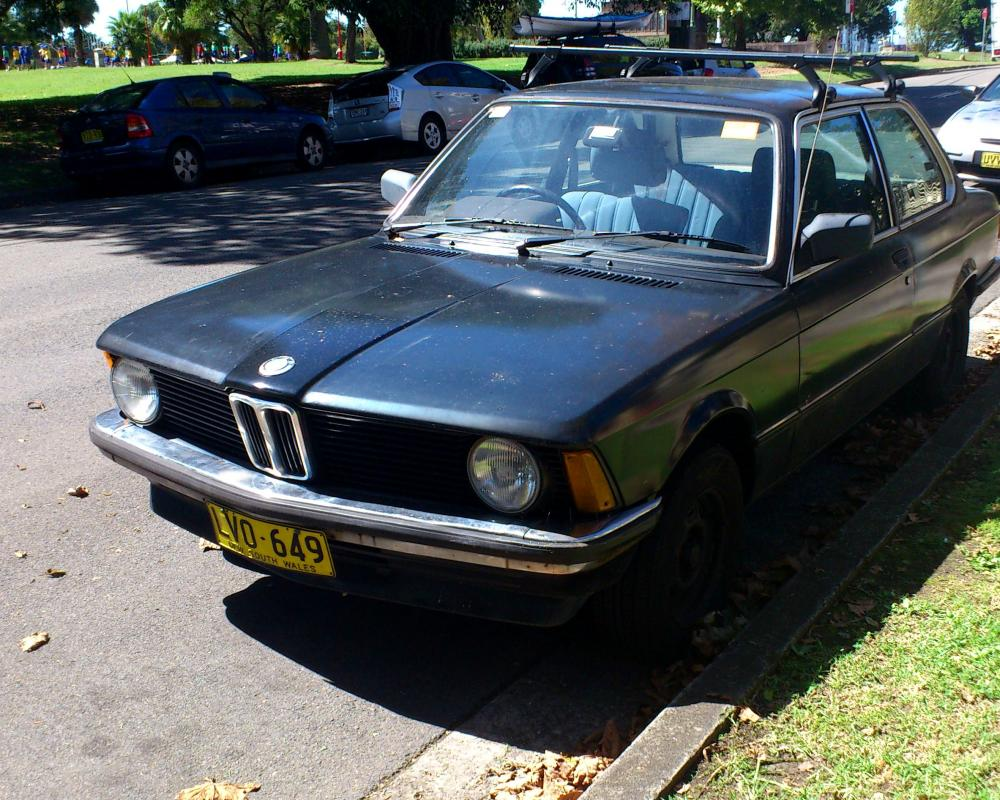 File:BMW 318i (20).jpg - Wikimedia Commons