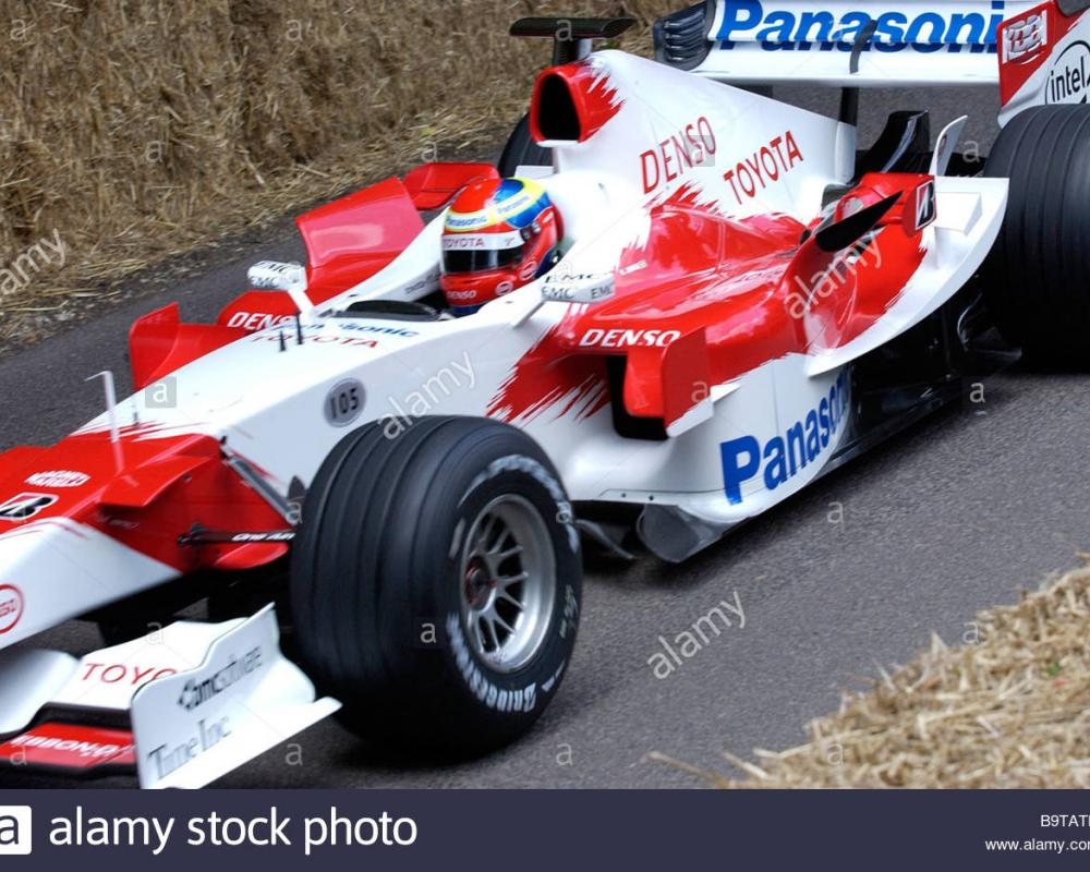 Ricardo Zonta in the Toyota TF105 at Goodwood, Festival of Speed ...