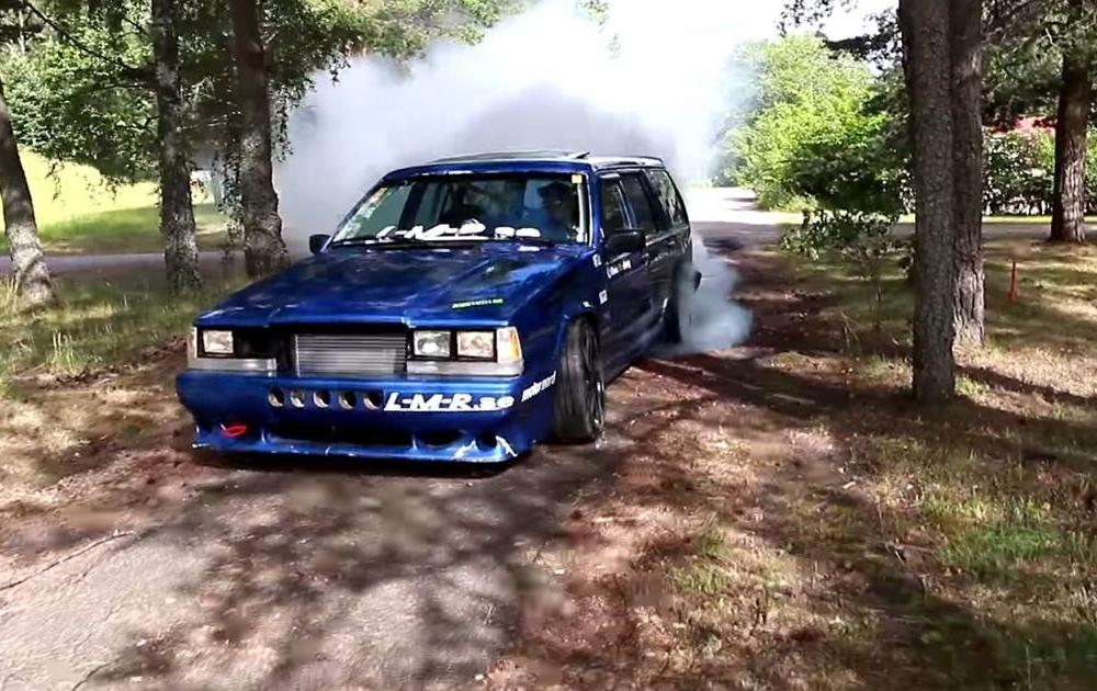 Volvo 740 Wagon with a Turbo B230