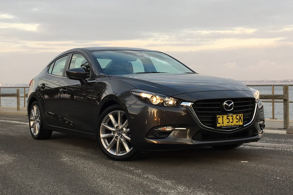 Mazda 3 SP25 2018 review: snapshot | CarsGuide