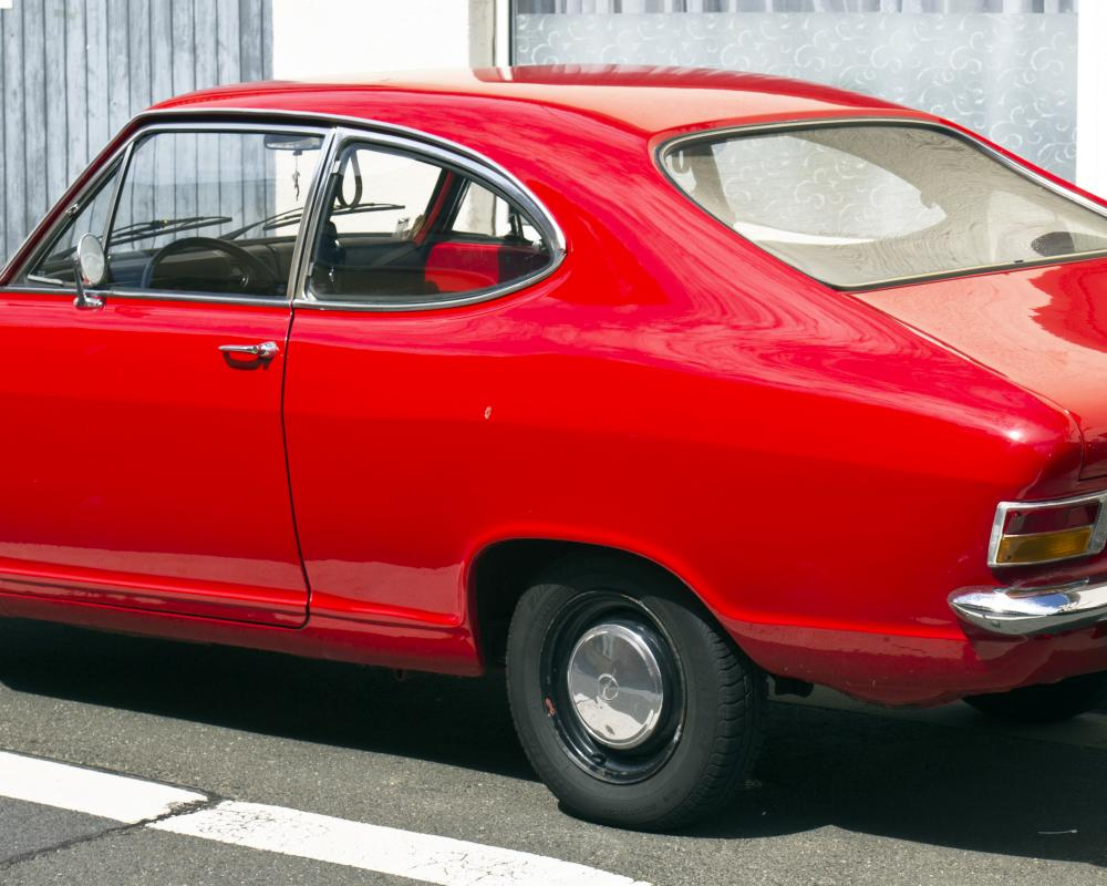 File:Opel Kadett B Coupé F rear 20110811.jpg - Wikimedia Commons