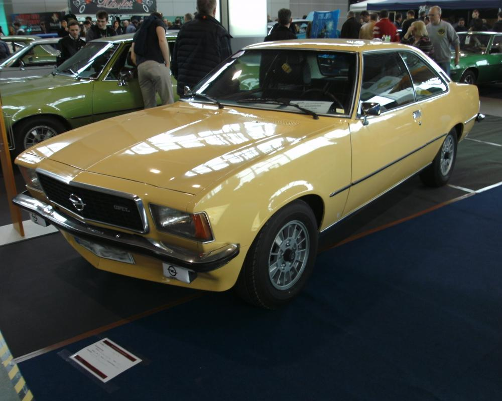 File:Opel Commodore GSE Coupe (1977).JPG - Wikimedia Commons