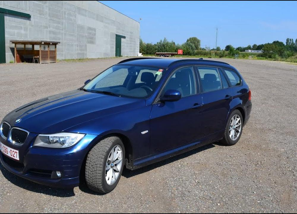 2012 BMW 320d Touring Review - YouTube
