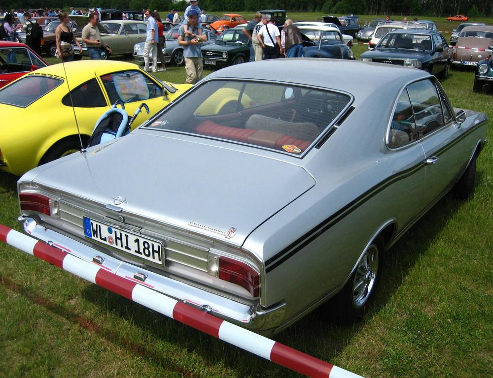 Opel Commodore A Coupe Automatic 2500 G #0709