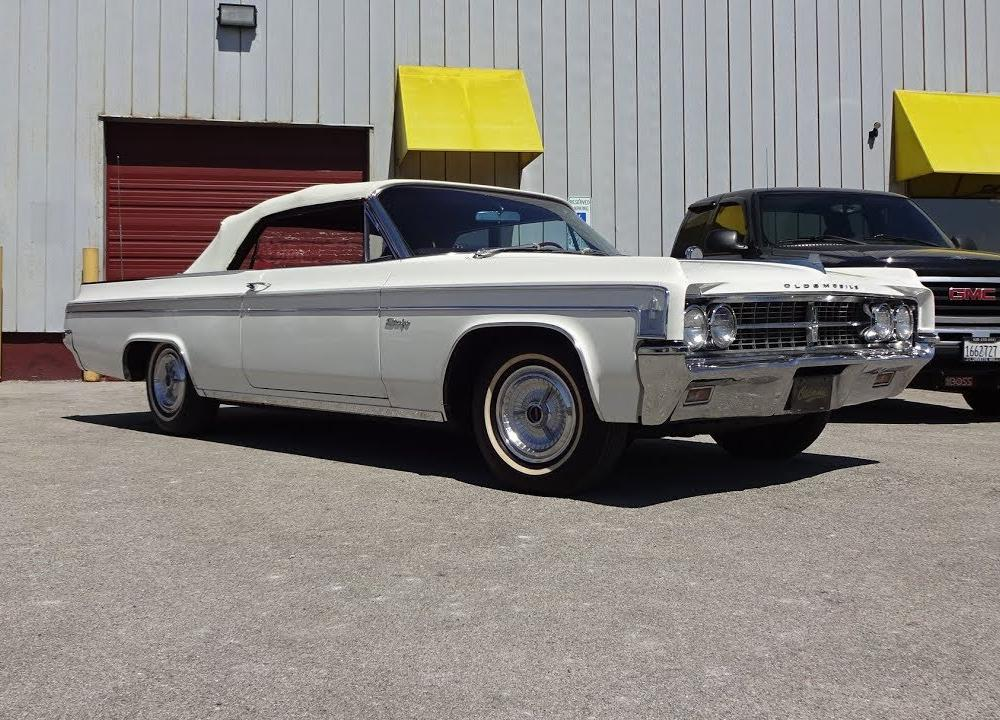 1963 Oldsmobile Starfire Convertible in White & Engine Sound on My ...