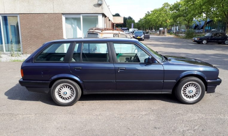 1989 BMW 325i E30 touring - Only cabrios