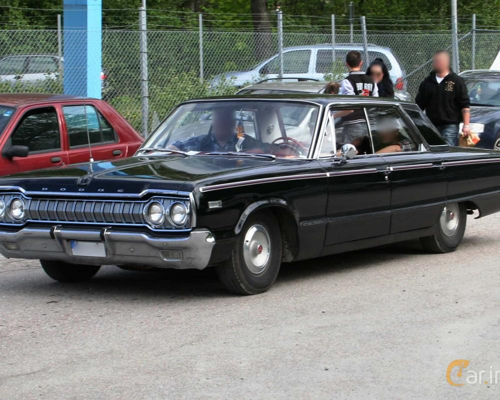 User images of Dodge Custom 880 4-door Hardtop D34