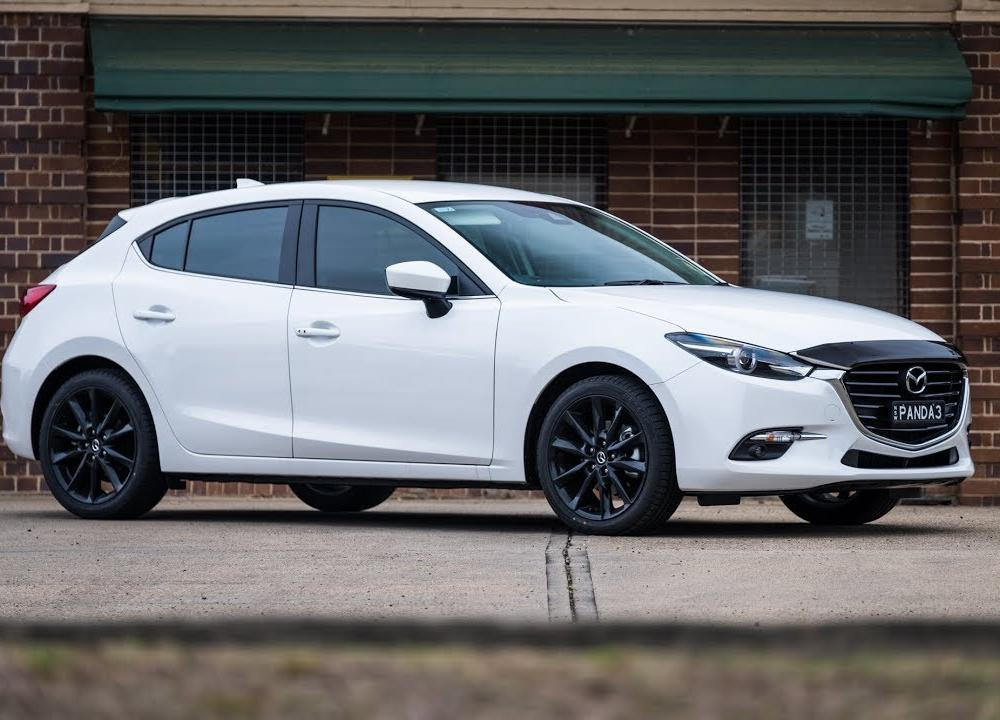 2018 Mazda 3 SP25 GT Review - YouTube