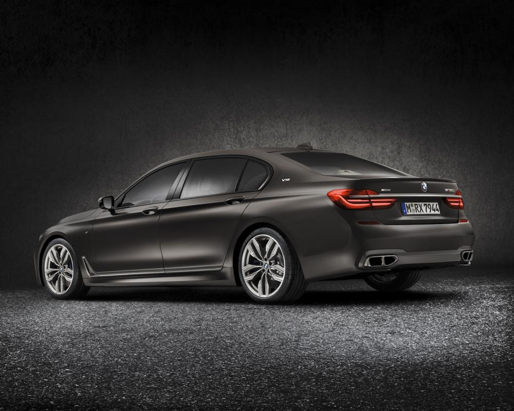 Is a BMW M7 on the way?