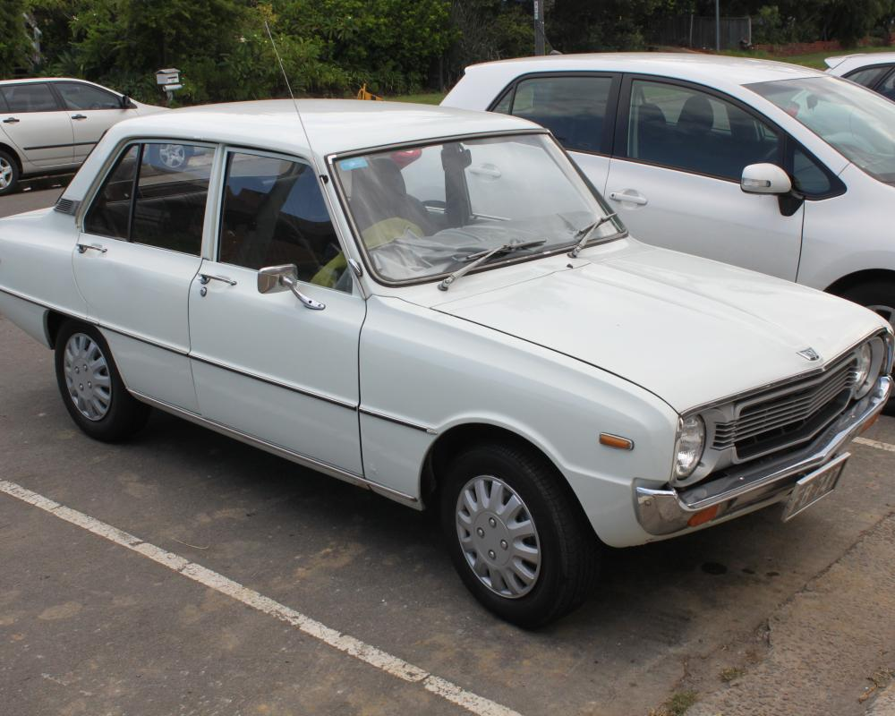 File:1975 Mazda 1300 (FA3TS) Deluxe 4-door sedan (25057690254).jpg ...