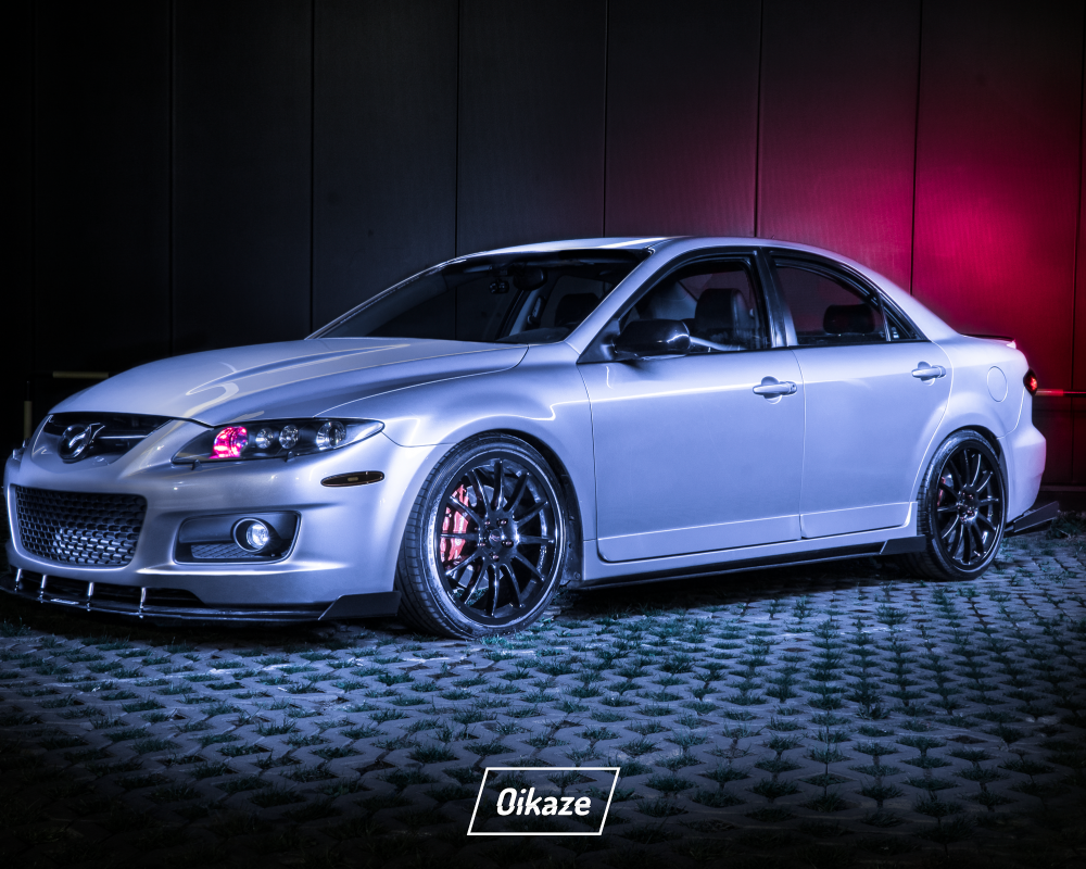 Mazda6 Speed with Maxtondesign add-ons : mazda