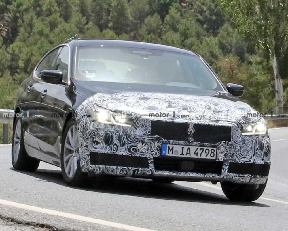 2021 BMW 6 Series GT Facelift Makes Spy Photo Debut