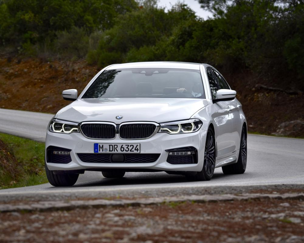 BMW 540i review - Petrol 'six plays second fiddle to the diesel | Evo