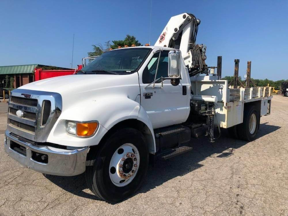 2008 Ford F-750 Single Axle Flatbed Truck - Caterpillar C7, 300HP ...