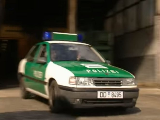 "IMCDb.org: 1989 Opel Vectra GL [A] in ""Lindenstraße, 1985-2020"""