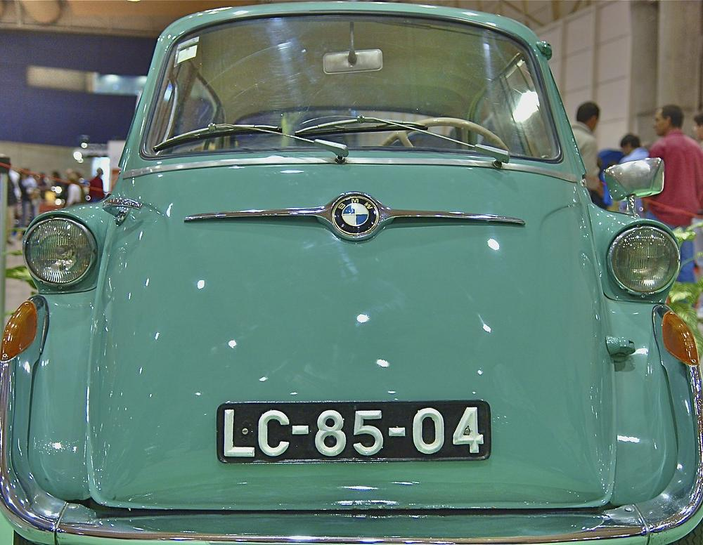 BMW Isetta 600 | MotorClássicos, Lisbon, Portugal in Wikipe… | Flickr