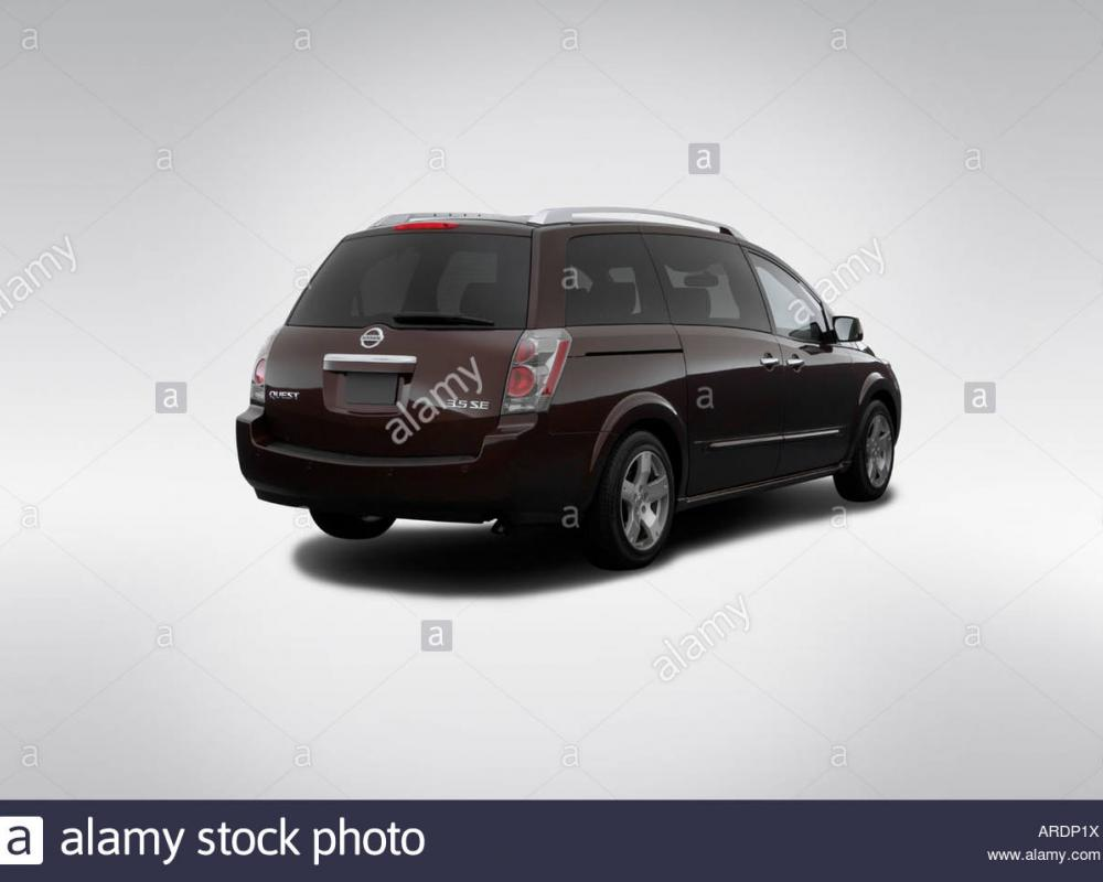 2007 Nissan Quest 3.5 SE in Red - Rear angle view Stock Photo ...