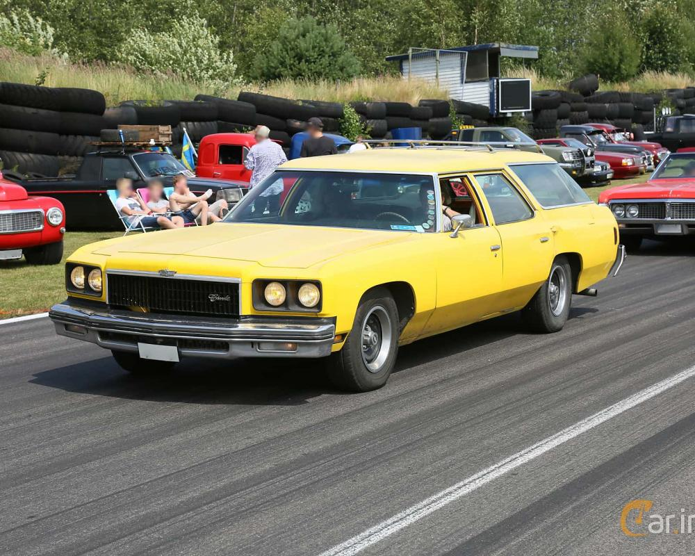 1 images of Chevrolet Caprice Estate Wagon 6.6 V8 Hydra-Matic ...
