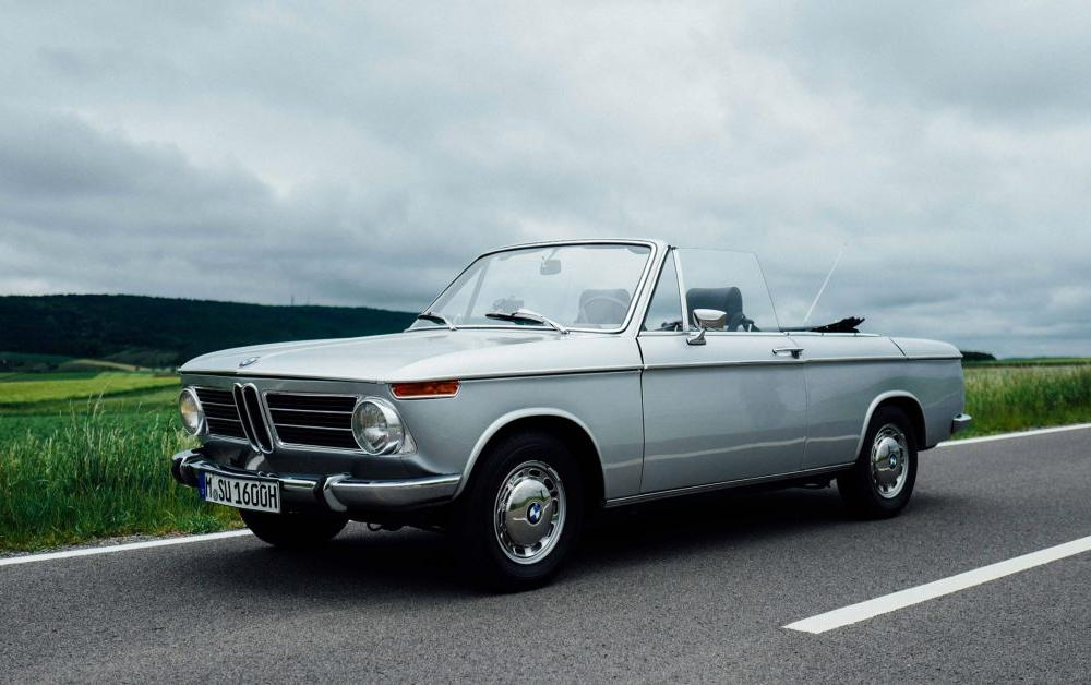 This Is What It's Like To Drive The BMW 1600 Cabriolet • Petrolicious
