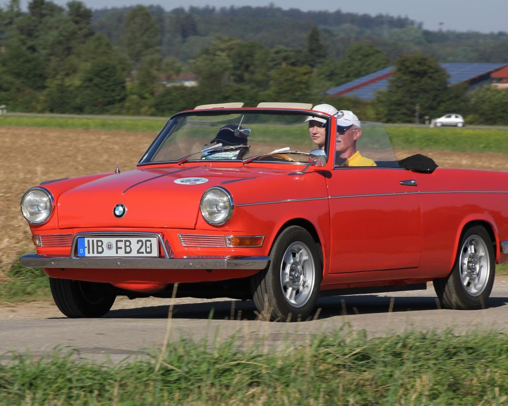 File:BMW 700 Cabriolet (2015-08-29 3173 b2).JPG - Wikimedia Commons