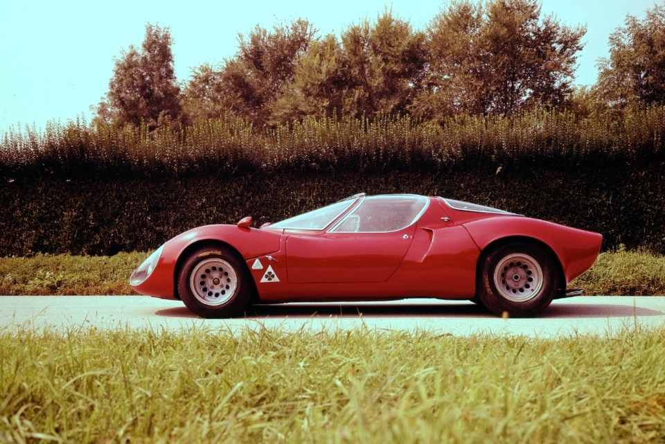 Alfa Romeo 33 Stradale, hypercar of the Sixties - Domus