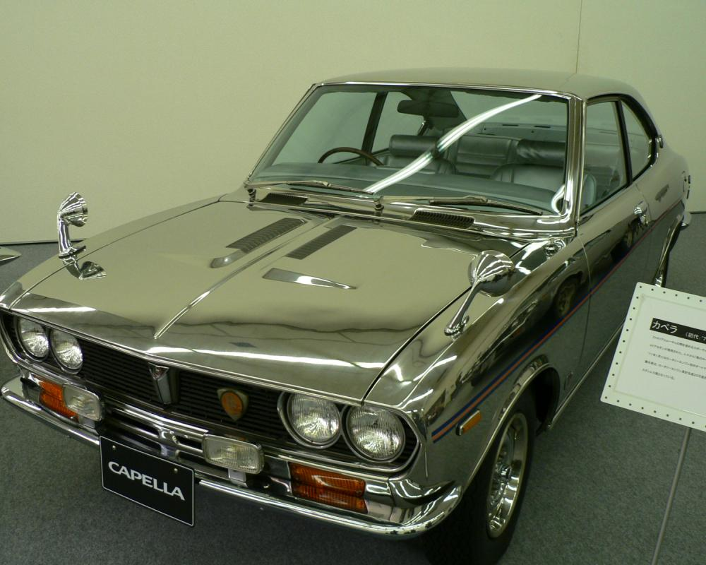 File:MAZDA CAPELLA 1st All-Stainless 00.jpg - Wikimedia Commons