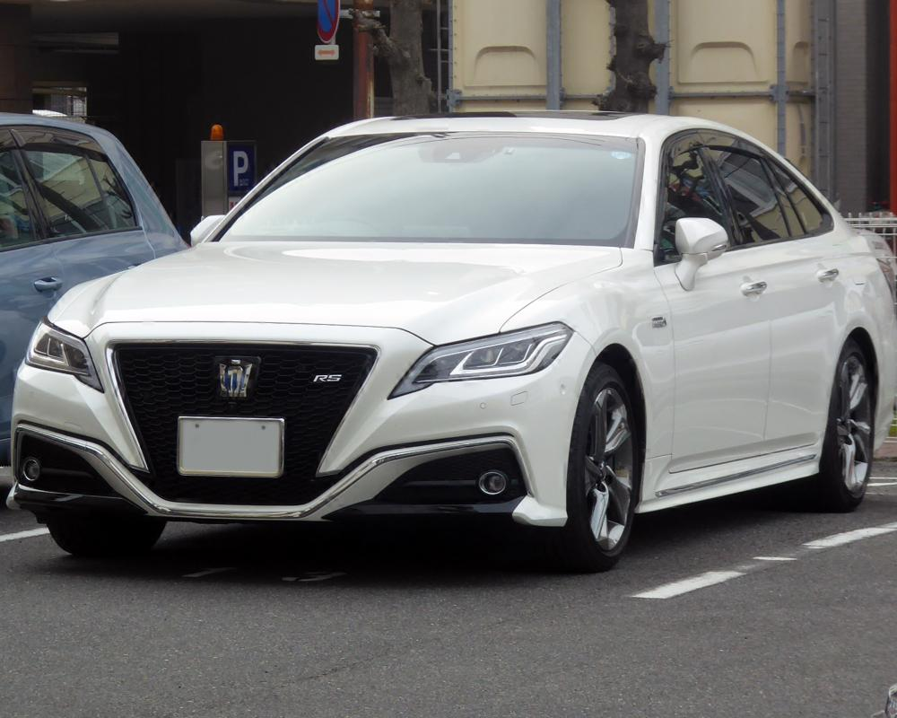 File:Toyota CROWN 3.5HYBRID RS Advance (6AA-GWS224-AEXAB) front ...