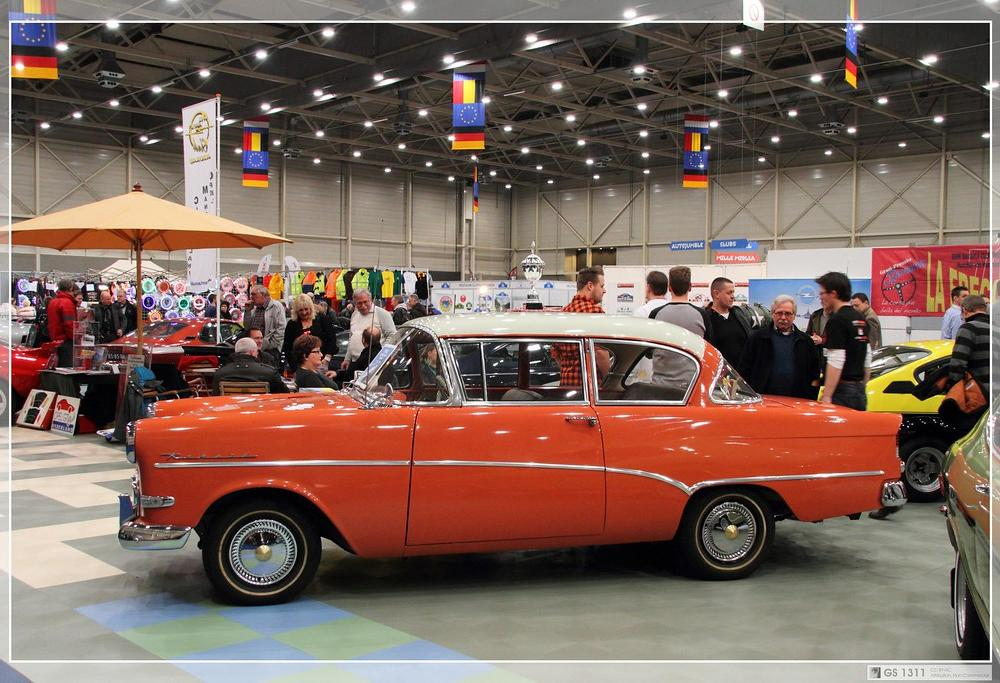 1957 - 1960 Opel Rekord P1 (08) | The Opel Rekord was a larg… | Flickr
