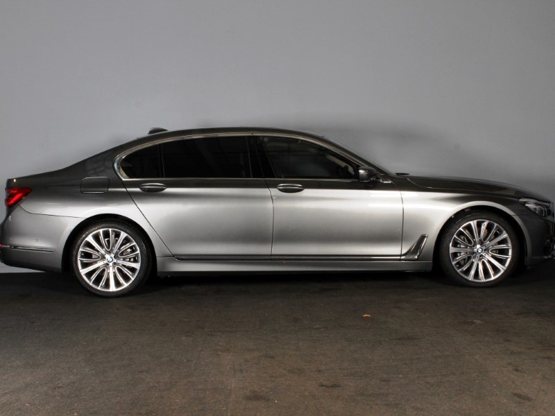 2017 (17) BMW 7 SERIES 730Ld Exclusive 4dr Auto