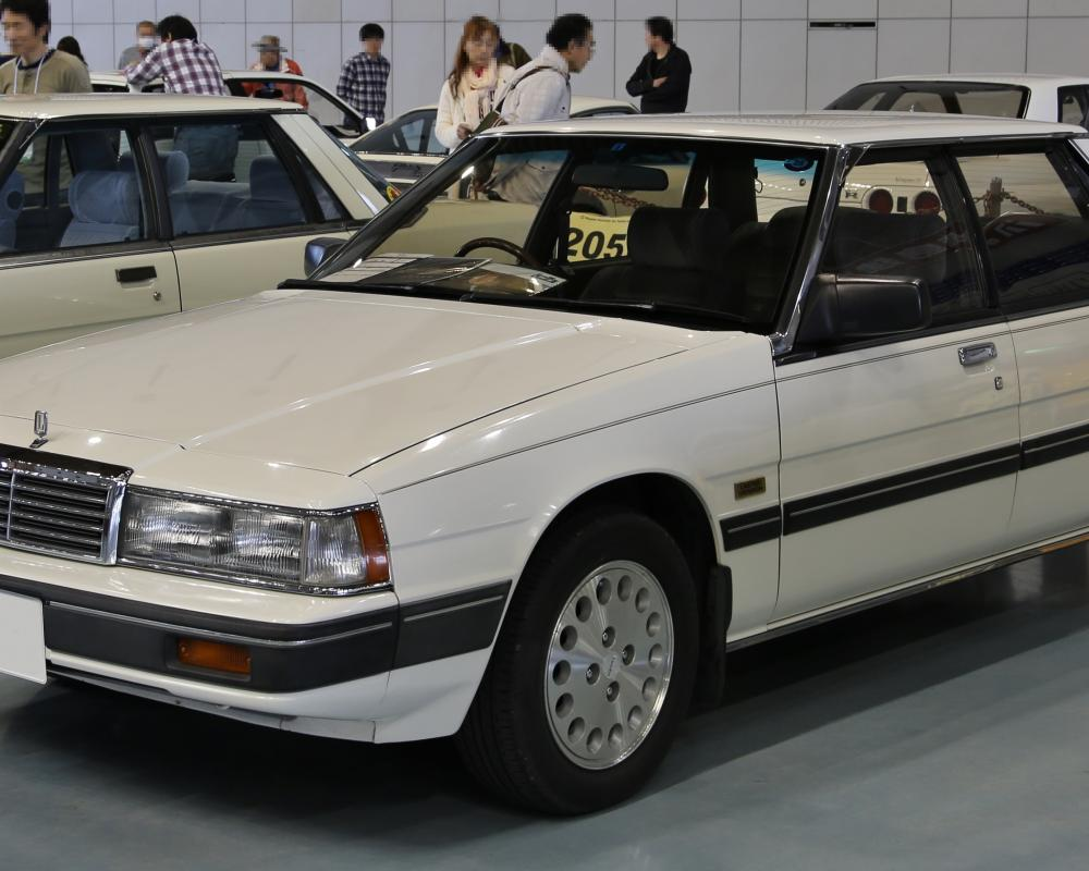 File:1985 Mazda Luce Genteel Limited Version.jpg - Wikimedia Commons