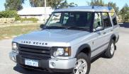 Land Rover Discovery ES V8 7 sits