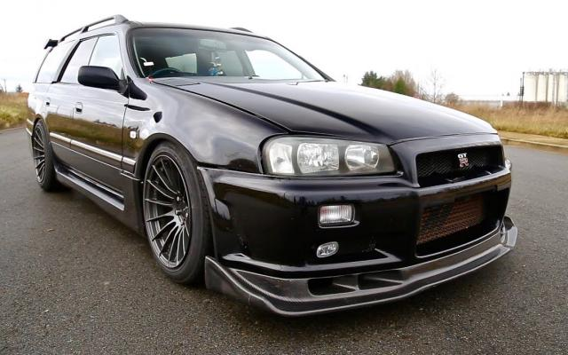 Nissan Stagea RS260